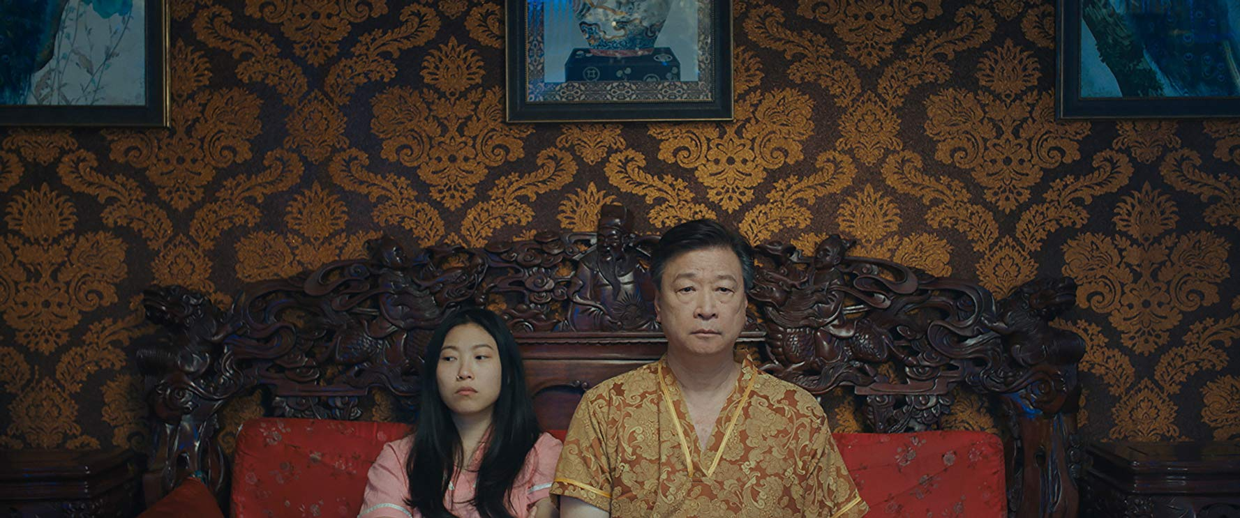 Awkwafina and Tzi Ma in The Farewell (2019)